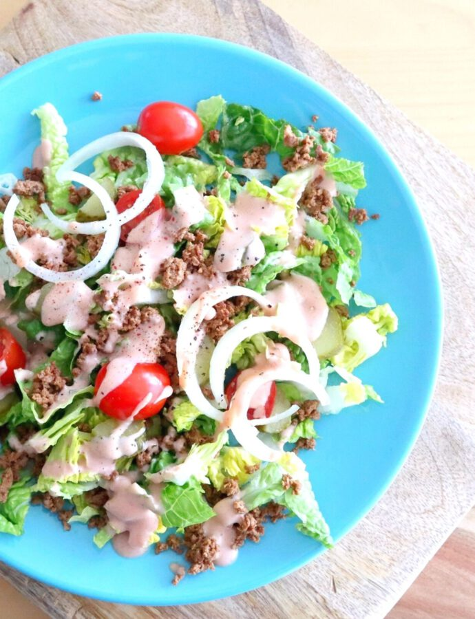 Burger-Salat mit Homemade-Dressing