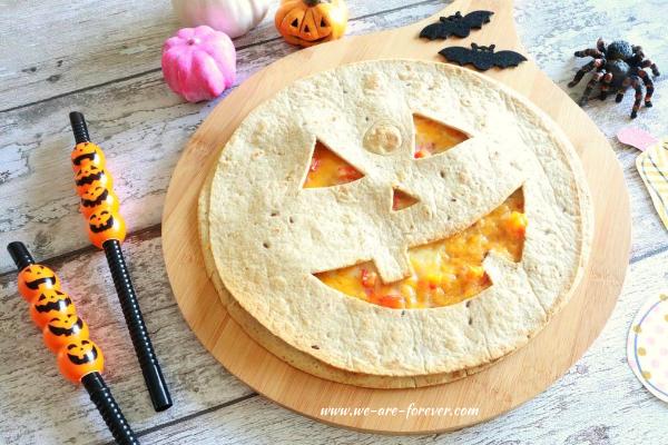 vegane gefüllte quesadilla zu halloween